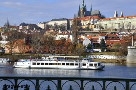 prague-vltava-river-cruises