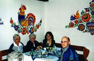 restaurant-in-straznice-winnie-emily-ashley-ivan