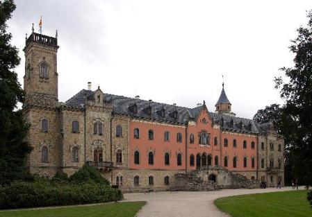sychrov-castle